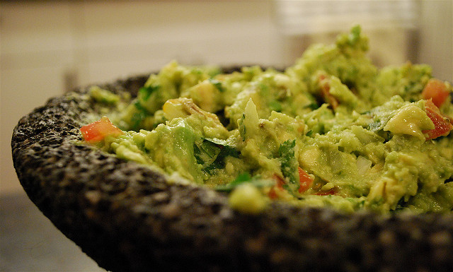 guacamole-by-valerie-hinojosa-flickr