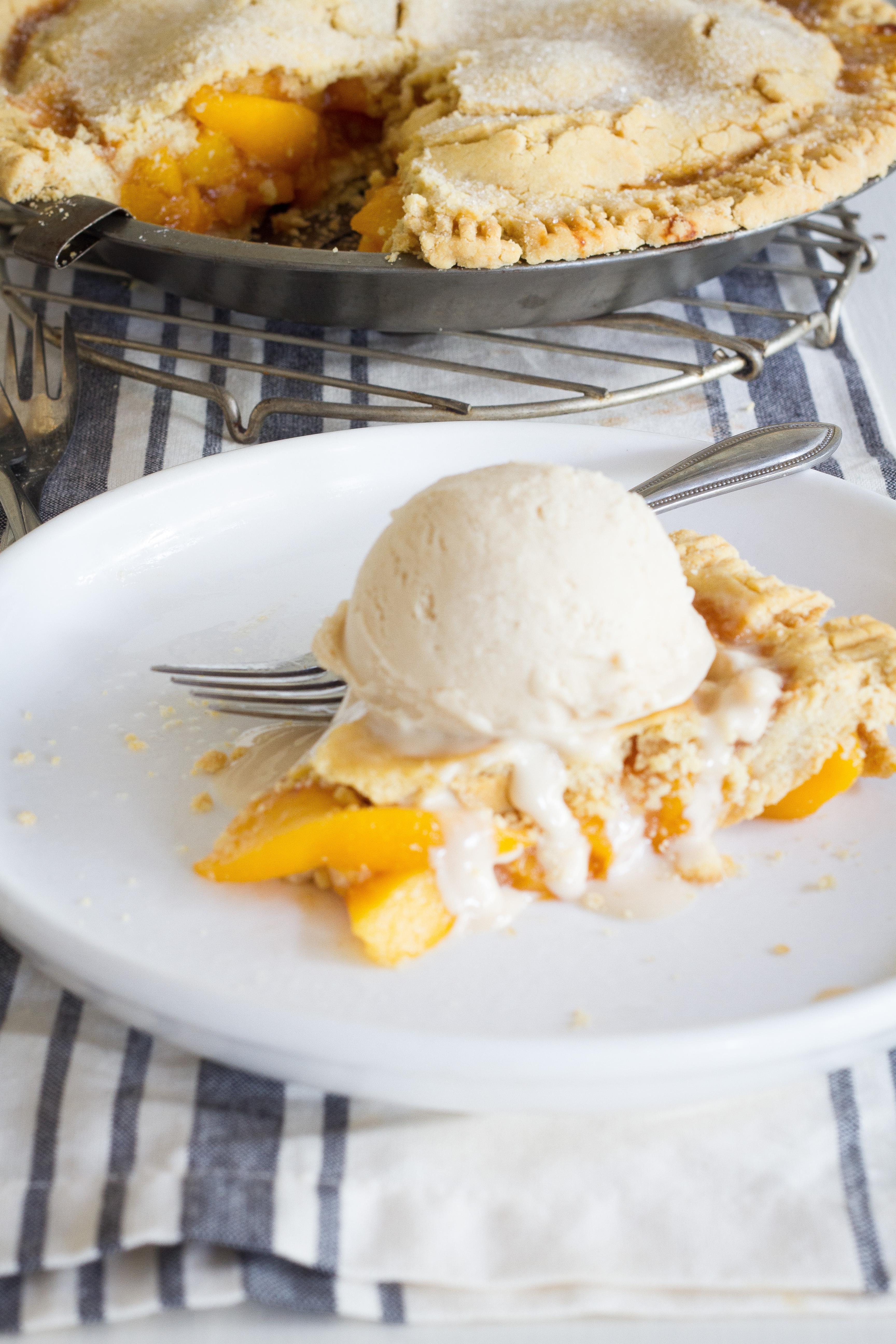 Evite Peach Pie-30