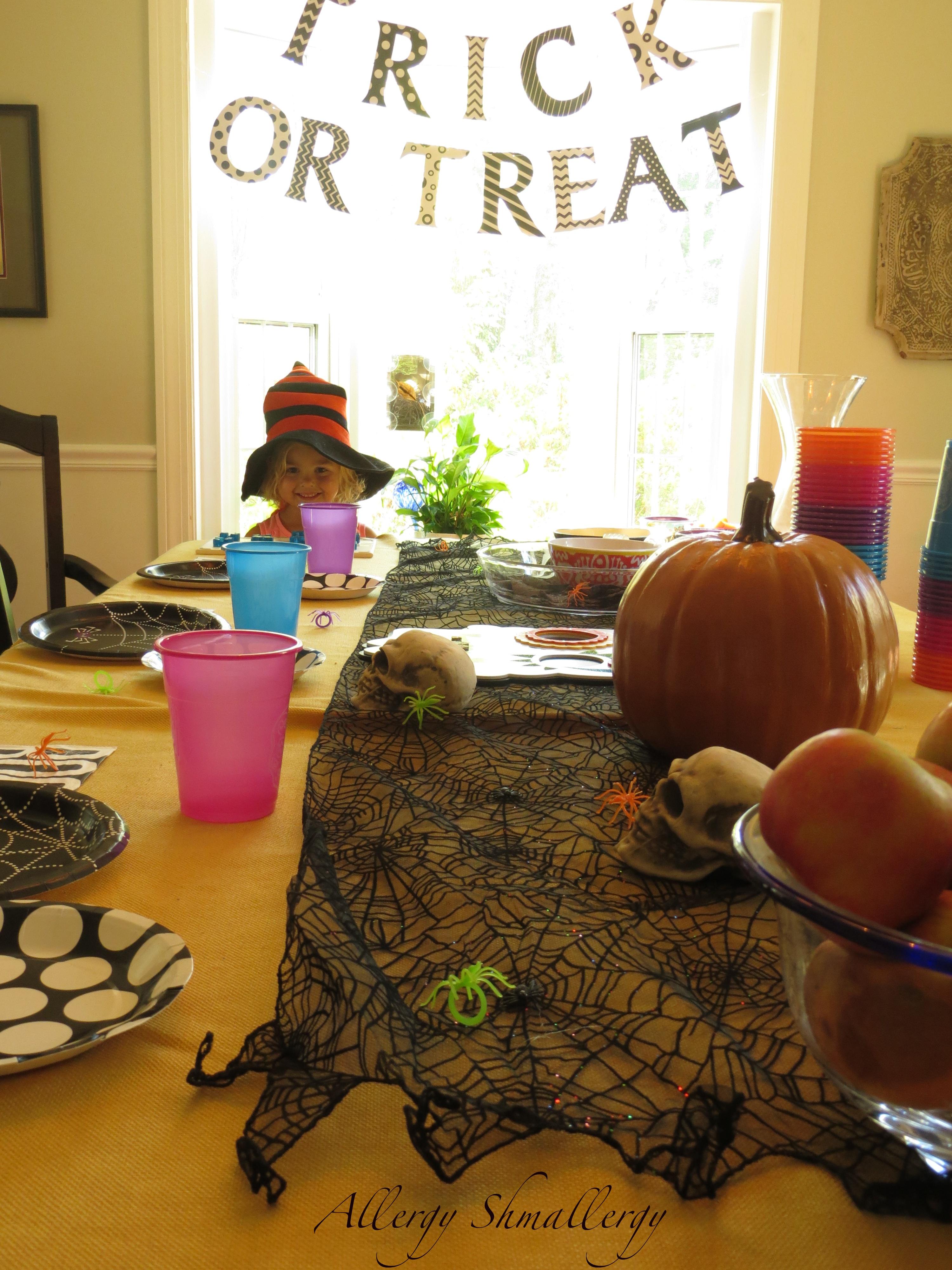 full-table-halloween