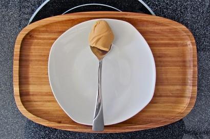spoon-of-peanut-butter-robinmcnicoll-flickr